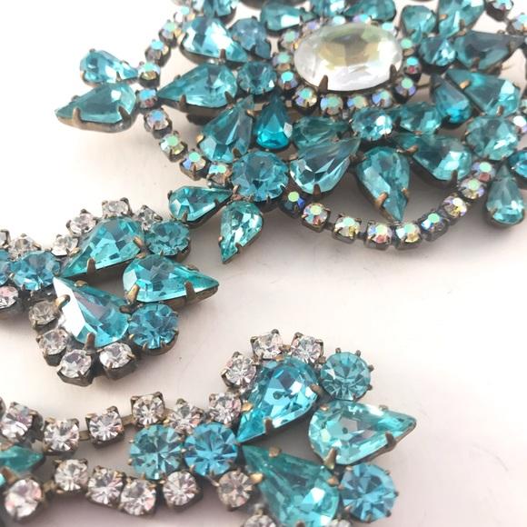 a4c86b859c6c0 Statement Brooch Earring Set Czech Bijoux Vintage